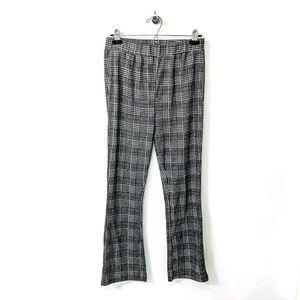 silence + noise Pants - ✨HOST PICK ✨ Grey Plaid Kick Flare Pants